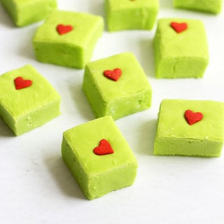 GRINCH FUDGE recipe at https://howtomakeeasyfudge.com