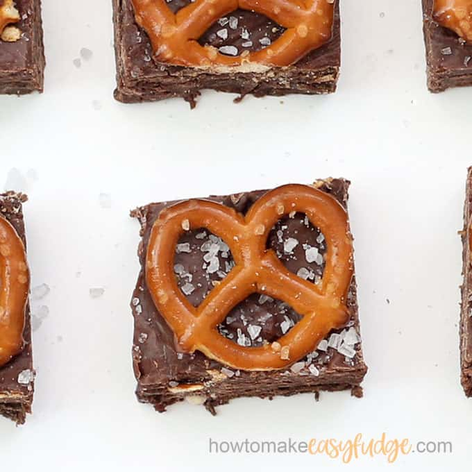 chocolate pretzel fudge close up image