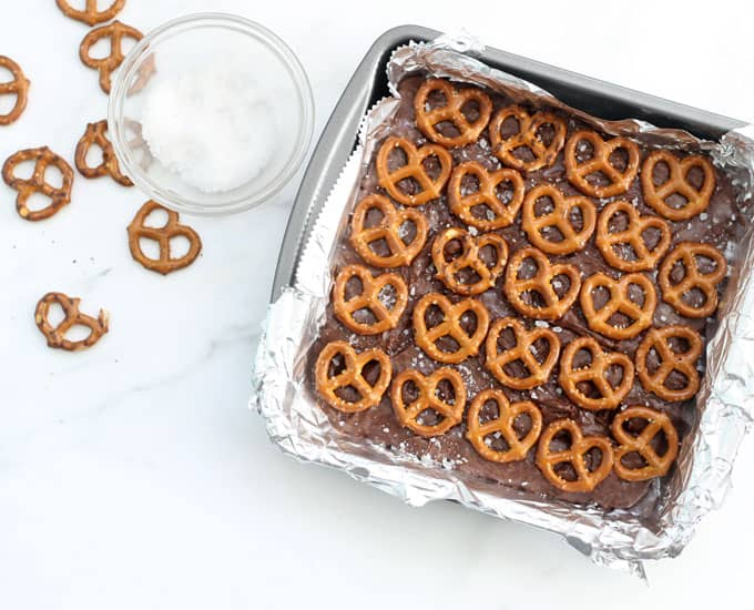chocolate pretzel fudge in baking pan