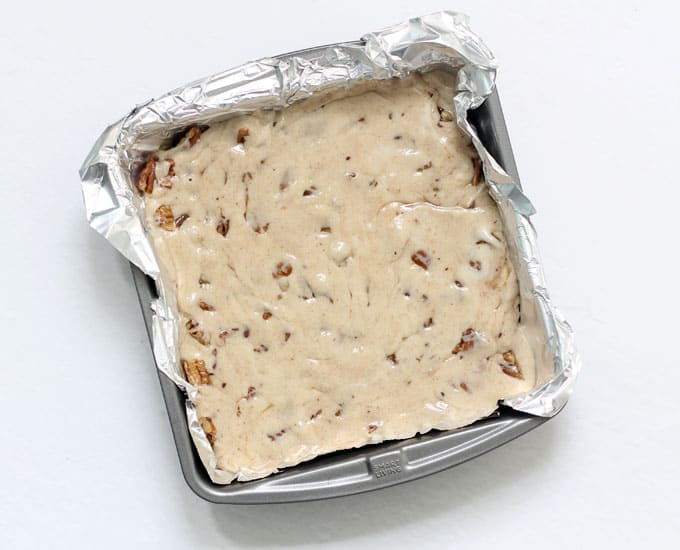 How to make butter pecan fudge, baking pan